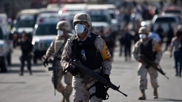 México: Una fuerte explosión en una fábrica deja decenas de heridos y desaparecidos