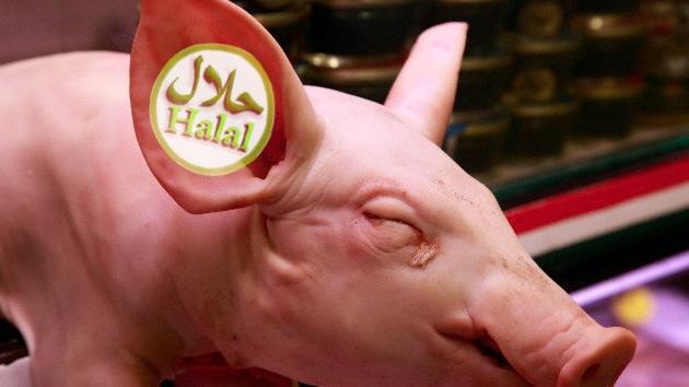 Salchichas 'halal' con ADN porcino: nuevo insulto a los musulmanes de Europa