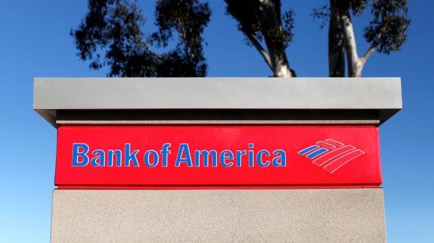 """""""Lisa Es Una Prostituta McIntire"""": Banco de EE.UU. ofende a una clienta en una carta"""