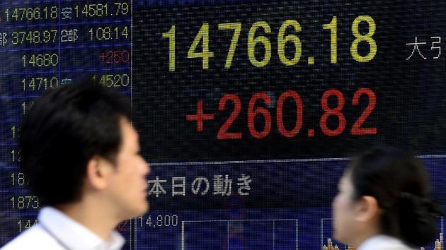 La fiesta continúa: euforia en las bolsas mundiales por la caída del dólar
