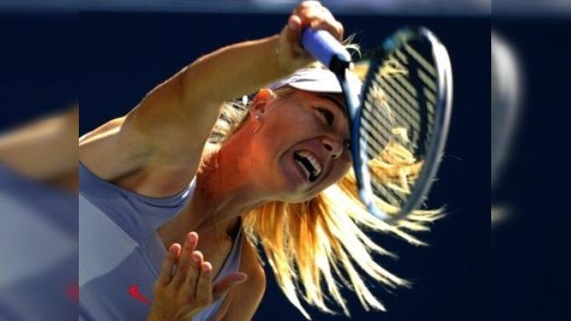 Sharápova y Zvonariova imponen su autoridad en el arranque del US Open