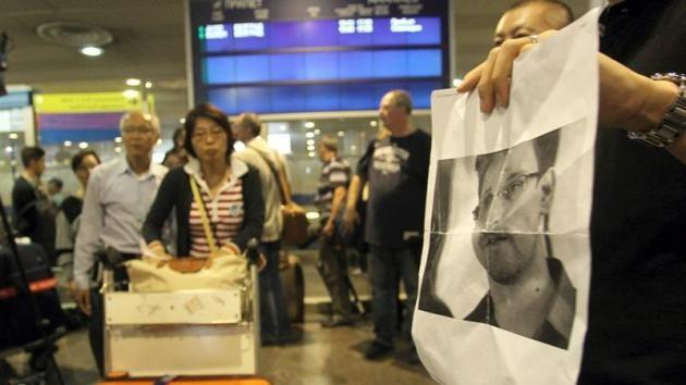 EE.UU.: Snowden sigue en Moscú