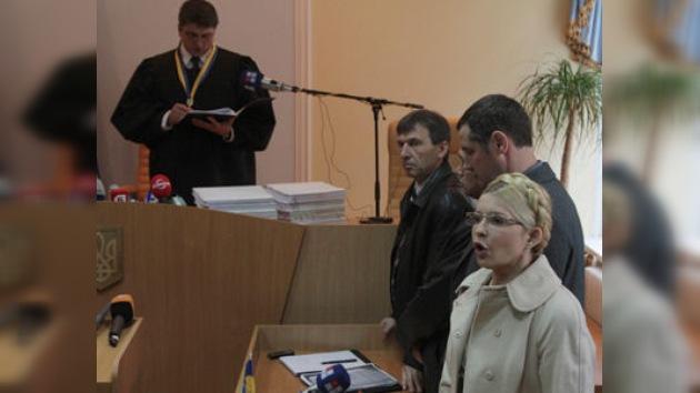 La ex primera ministra de Ucrania de nuevo al banquillo
