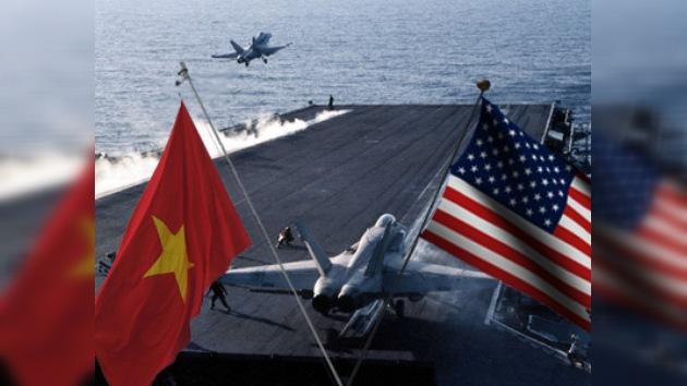 Las primeras maniobras navales de  EE. UU. y  Vietnam desde la guerra
