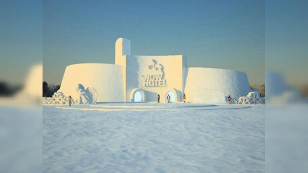El hotel ruso de nieve reabre dentro del festival de arquitectura helada