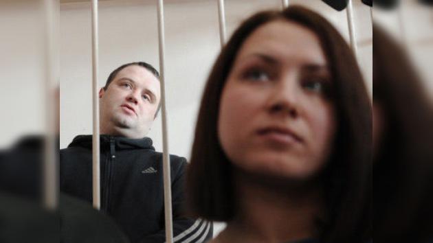 Cuatro meses en una colonia penal por dar una 'sangrienta lección' a una profesora