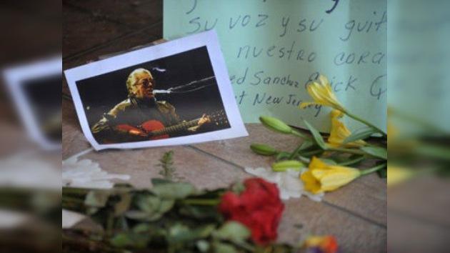 Los restos de Facundo Cabral serán incinerados sin velatorio