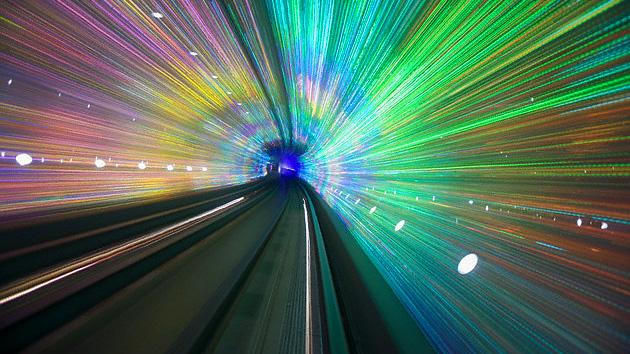 Científicos australianos reclaman haber 'superado' la velocidad de la luz