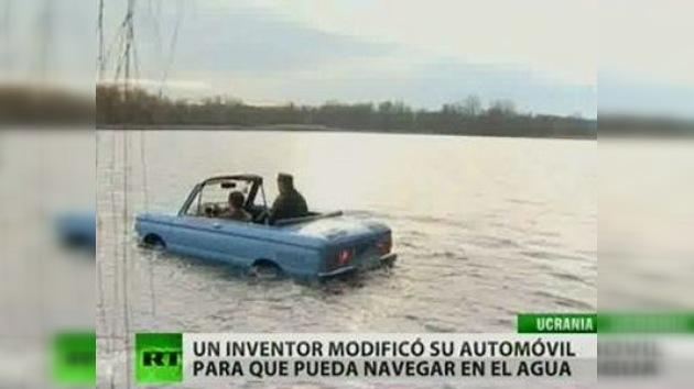 El legendario coche soviétio Zaporózhets, adaptado para la pesca