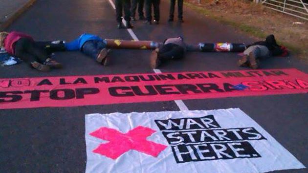 Activistas europeos protestan contra la renovación del arsenal nuclear