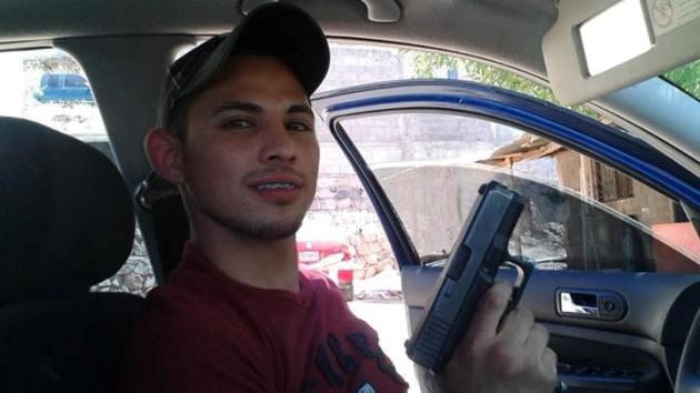 Joven mexicano se suicida tras anunciarlo en Facebook