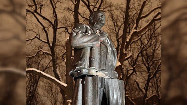 Explotaron un monumento a Lenin cerca de San Petersburgo