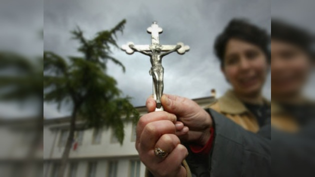 Marcha en Roma en apoyo del Crucifijo