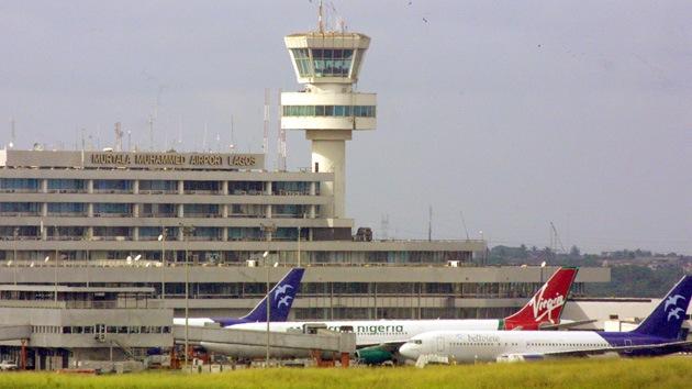 Un avión de pasajeros se estrella durante el aterrizaje en Nigeria