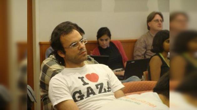 En Irán condenan a bloguero famoso a 19 años de prisión