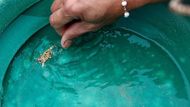 EE.UU.: denuncian que hay oro en el agua del grifo de un pueblo en Montana