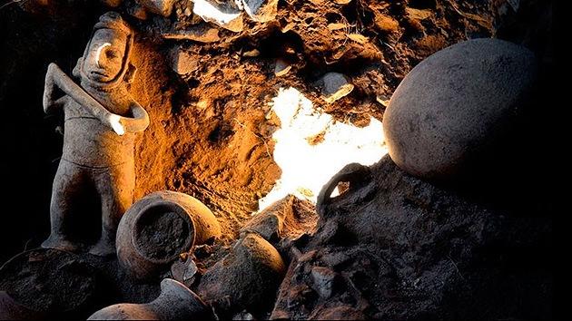 México: Hallan en una tumba una escultura de un chamán de 1.500 años de antigüedad