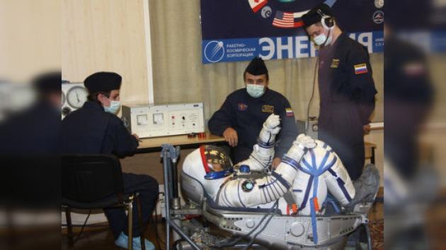 """Los tripulantes de la """"Gagarin"""" concluyen sus preparativos"""