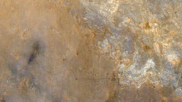 Satélite de la NASA fotografió al Curiosity desde el cielo marciano