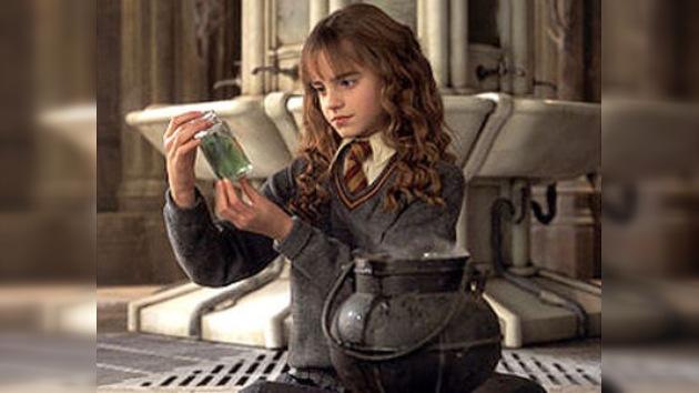 La protagonista de Harry Potter, Emma Watson, elegida la chica más 'glamurosa' del 2011