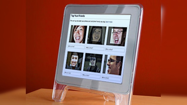 Facebook da la cara por su nuevo 'face control'