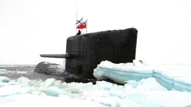 Un nuevo submarino ruso de propulsión nuclear perfora las profundidades del Ártico