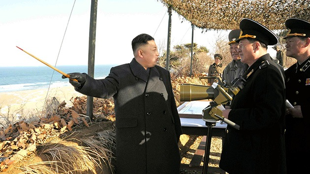 Kim Jong-un firma el plan de preparación estratégica para atacar bases de EE.UU.