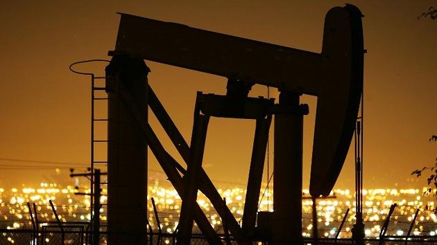 Crudo 'a precio de oro': 200 dólares por barril si las sanciones contra Rusia se intensifican