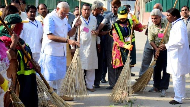 'Desafío para una India limpia': el primer ministro del país lanza una campaña viral