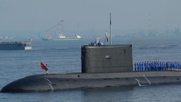 Irán presentará en sociedad su nuevo submarino de producción nacional