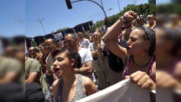 Los 'indignados' salen de nuevo a las calles españolas
