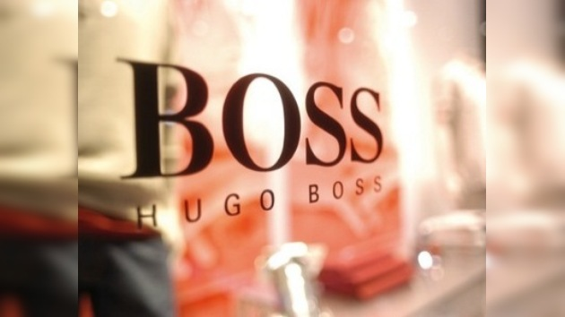 Actor hollywoodense pide a colegas no vestir trajes de Hugo Boss