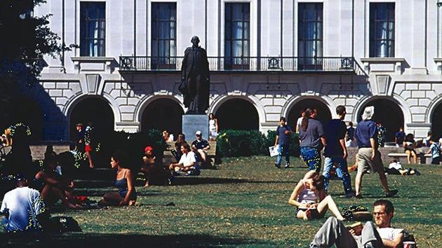 """EE.UU.: Ofrecen dinero a estudiantes a cambio de """"inmigrantes ilegales"""""""