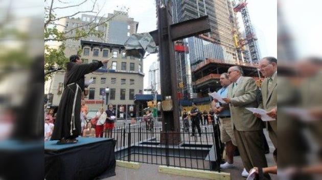 Los ateos, contra la cruz del monumento a las víctimas del 11-S
