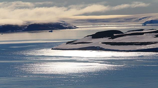 Rusia redibuja el mapa del Polo Norte: Una expedición descubre una nueva isla en el Ártico