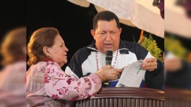 Hugo Chávez se trasladará nuevamente a Cuba este sábado para seguir su tratamiento