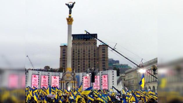 Finaliza la carrera pre-electoral en Ucrania