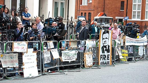 Caso Assange: ¿Qué pasa ahora cerca de la embajada de Ecuador en Londres?