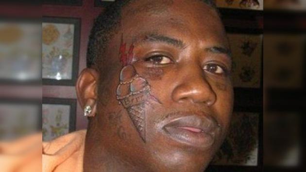 Rapero estadounidense se hizo tatuaje de un helado