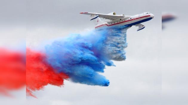 En Venezuela hidroavión ruso demostró capacidades de lucha contra incendios