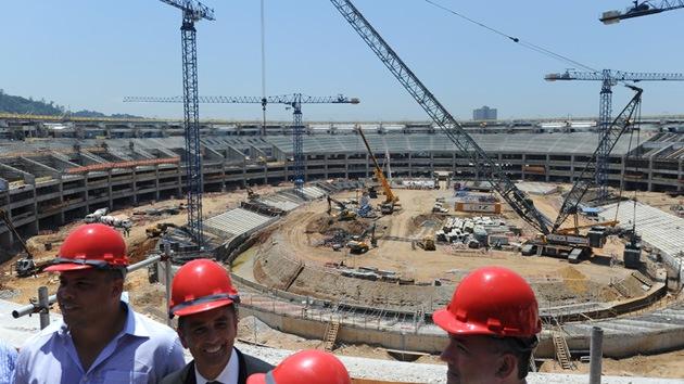 Los obreros de los estadios del Mundial de Brasil 2014 anuncian una huelga nacional