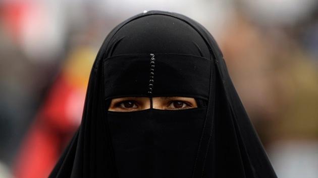 Clérigo egipcio: No hay que arriesgar la vida para defender a la esposa ante un violador