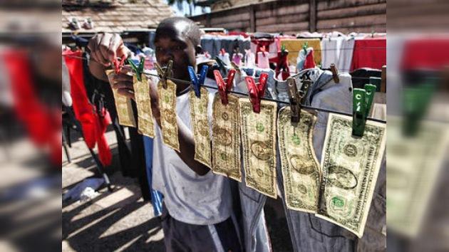 """""""Lavar dinero"""" en Zimbabue es cosa rutinaria"""