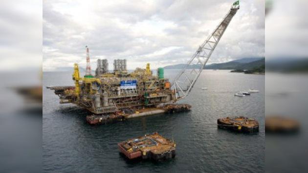 Repsol suma y sigue: descubre un nuevo yacimiento frente a las costas de Brasil