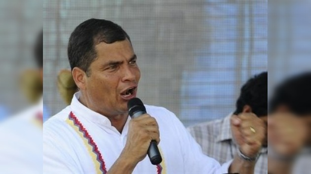 Los sondeos dan la victoria a Correa en el referéndum constitucional