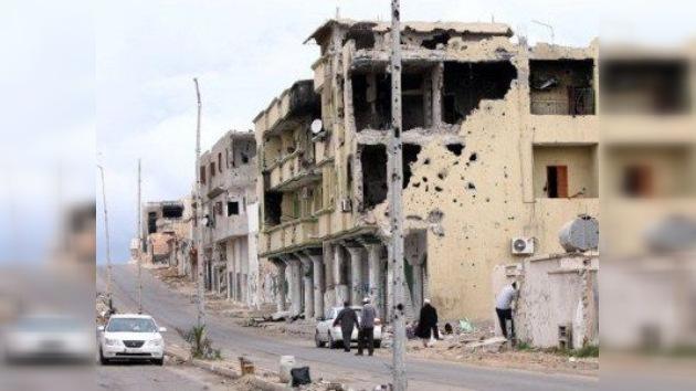 Libia rima con Siria: la OTAN repite su canción de 2011 y promete que no atacará Damasco