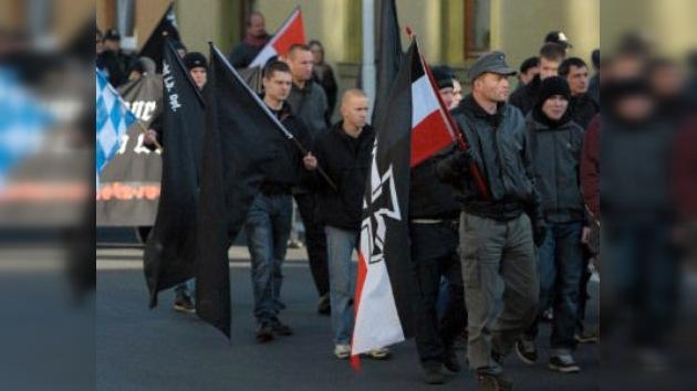 Los rescoldos del nazismo se avivan en Alemania