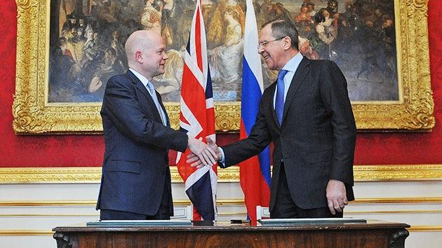 Lavrov: Armar a la oposición siria contradice el derecho internacional