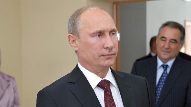 Putin apoya el envío de una delegación rusa a EE.UU. para tratar la cuestión Siria