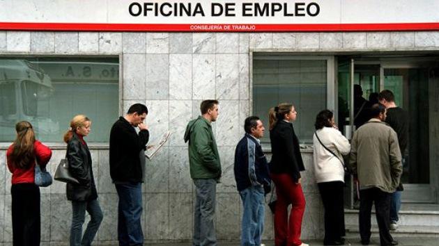 Crisis que expulsa: Casi 400.000 españoles pisan tierra extranjera en busca de trabajo